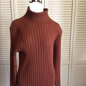 ABOLLRIA Turtleneck sweater